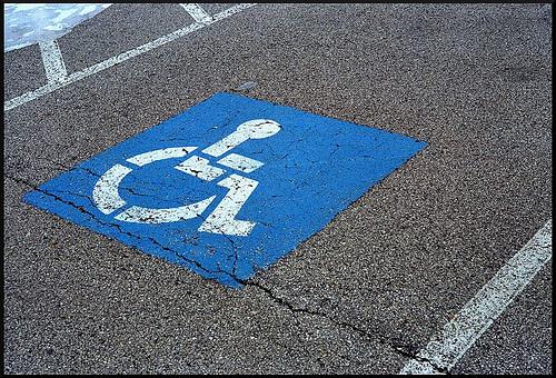 Znak osoba s invaliditetom apsolutno nitko ne doživljava!