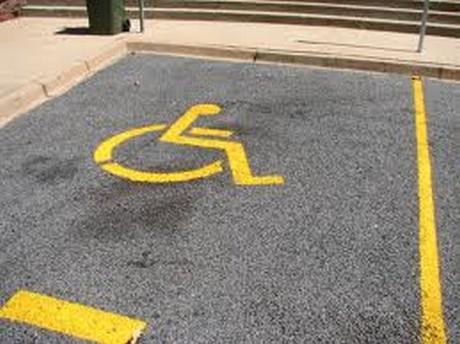 Protest roditelja i dece sa invaliditetom
