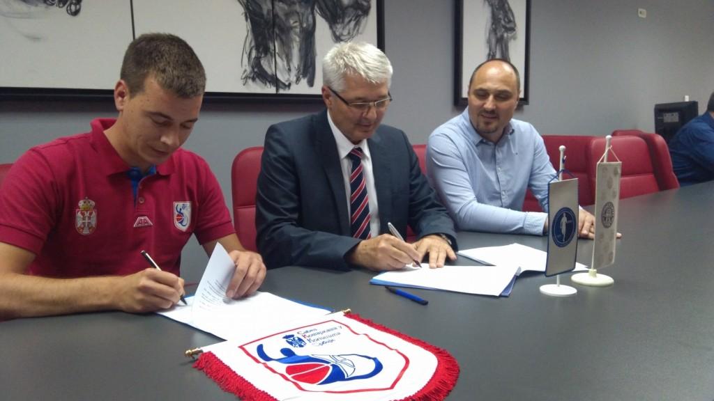 Mladen Pajević, prof. dr Milovan Bratić i prof. dr Miodrag Kocić