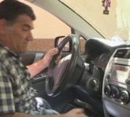 Foto: rtrs.tv / RAS Srbija Stanoja presrećan zbog novog automobila